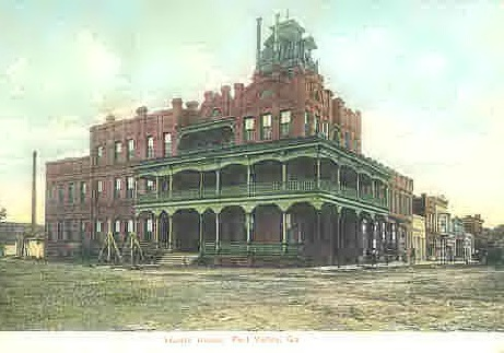 The grand old Harris House (circa 1910), later remodeled and renamed Winona Hotel